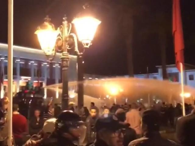 Proteste in Rabat: Marokkanische Lehrer bieten Polizei die Stirn