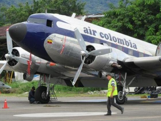Rosinenbomber als Linienflugzeug über Kolumbien im Einsatz