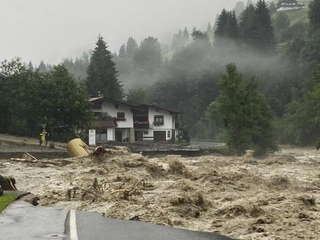 """Unwetter über Österreich: """"Starkregenereignisse werden zunehmen"""""""