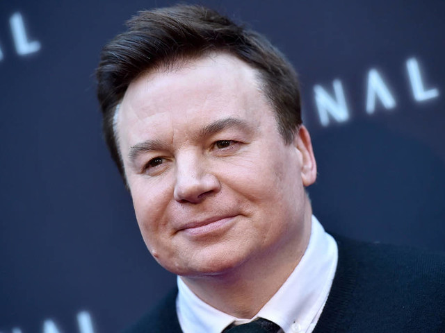 Mike Myers bald in Comedyserie auf Netflix zu sehen