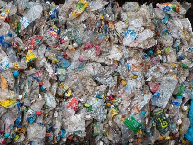 Continental will Reifen aus recycelten PET-Flaschen herstellen