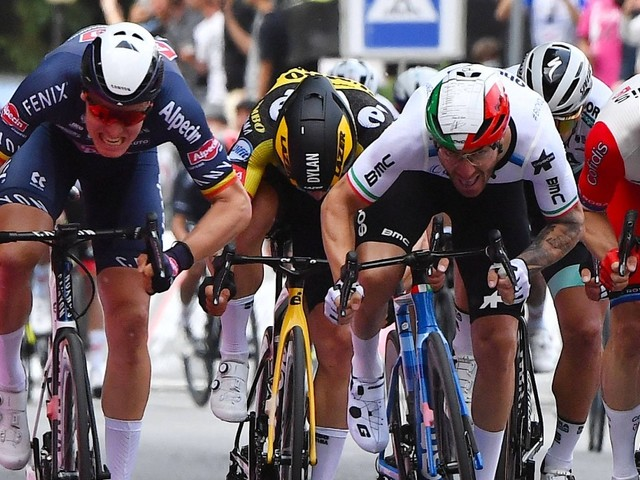 Giro d'Italia: Merlier gewinnt zweite Etappe, Ganna bleibt in Rosa