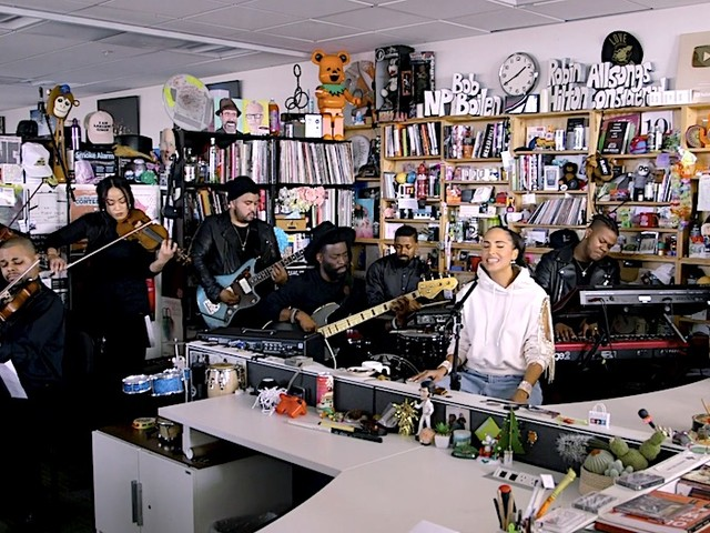 Snoh Aalegra live bei NPRs Tiny Desk Concert // Video