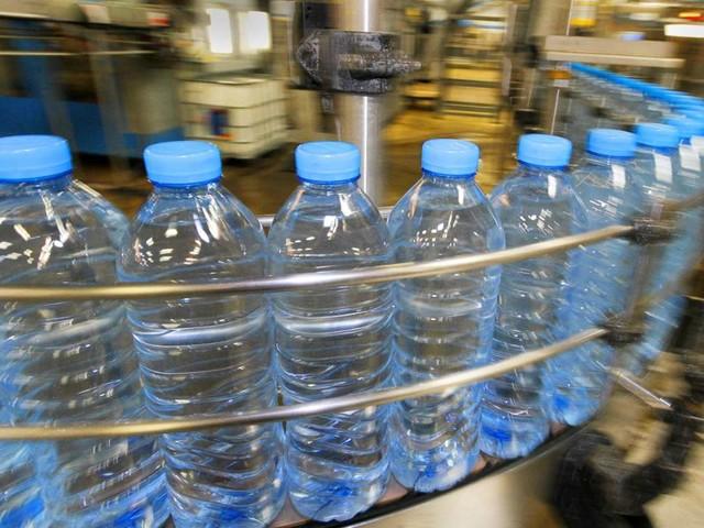 Verunreinigtes Leitungswasser: Hamsterkäufe von Trinkwasser im Kreis Böblingen
