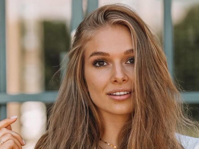 """Sie ist bei """"Let's Dance"""" 2021 dabei: Moderatorin Lola Weippert musste die Show verlassen"""