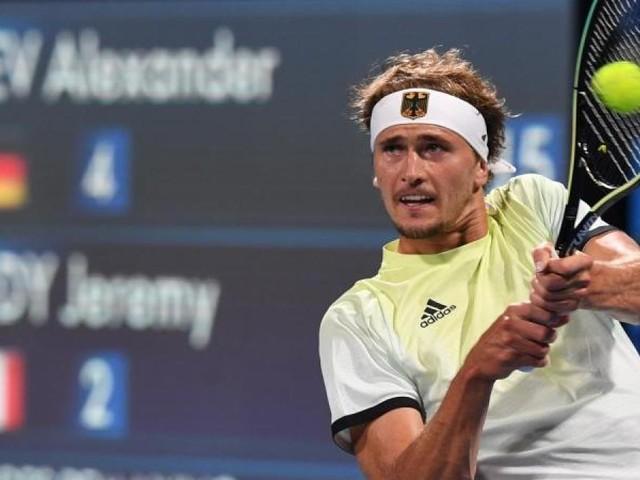 Medaillenchance in Tokio:Zverev fordert Djokovic heraus