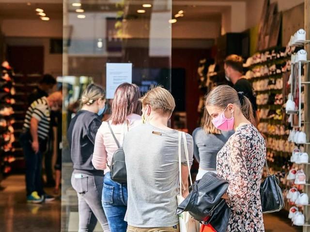 GfK-Studie: Angst vor Inflation schürt Kauflust