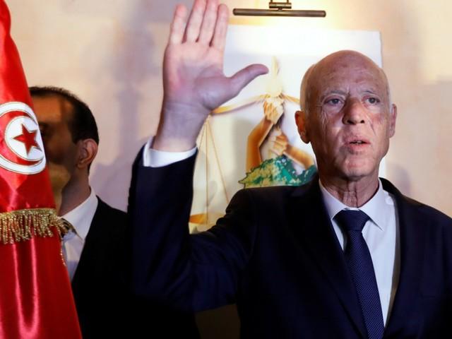 "Kaïs Saïed: ""Robocop"" gewinnt Wahl in Tunesien"