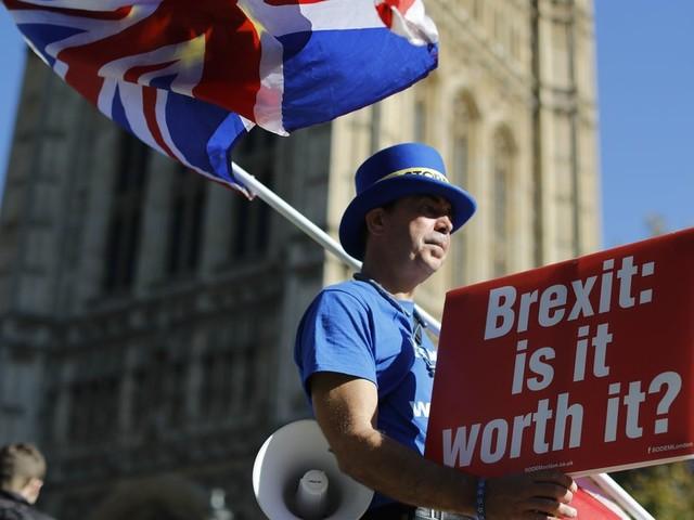 Brexit: Wie Labour Premierministerin May zwingen will, länger in der EU zu bleiben
