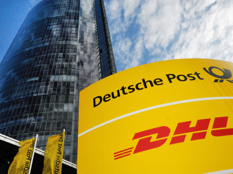 DHL und Post warnen vor Betrügern: Kunden müssen jetzt besonders vorsichtig sein