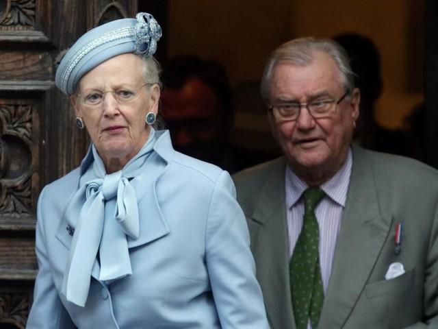 Dänemarks Königin Margrethe sagt aus Sorge um ihren Mann Termin ab