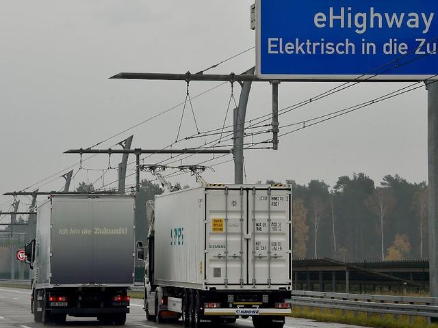 E-Highway kommt nicht in Fahrt: Wann kommt der Lkw an die Stromschiene?