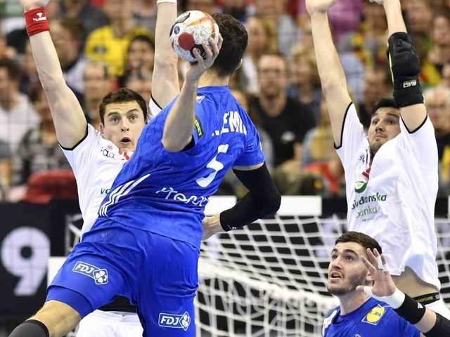 Handball-WM 2019: Frankreich bleibt Deutschland auf den Fersen