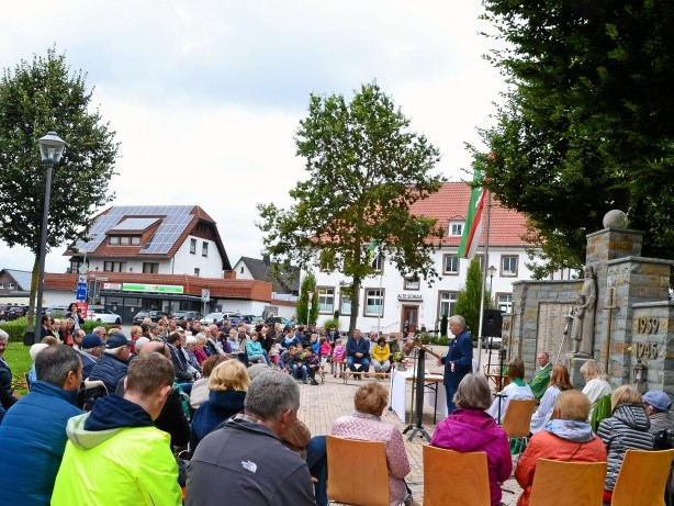 """Dorfmittelpunkt: Marsberg: Das bietet der neue Treffpunkt """"Mitte Meerhof"""""""