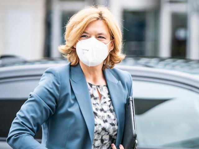 Bundesregierung im Vergleich: Klöckner hat klimaschädlichsten Dienstwagen
