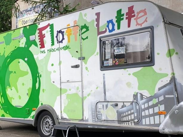 """Anmeldung möglich: Oberhausen: Spannende Ferien mit """"Flotter Lotte"""" und """"Manni"""""""