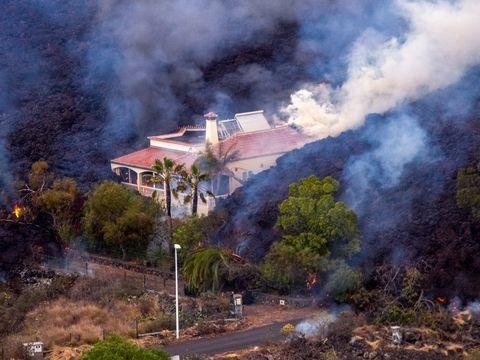 Vulkanausbruch: Menschen auf La Palma retten, was zu retten ist