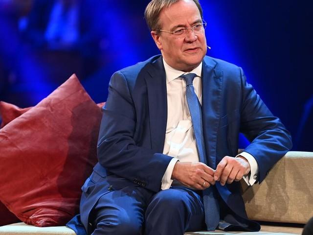 Plagiatsvorwürfe: Kanzlerkandidat Armin Laschet räumt Fehler bei seinem Buch ein