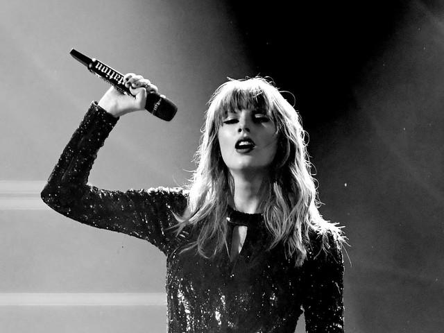 """Taylor Swift: """"Folklore"""" ist meistverkauftes Album 2020 in den USA"""