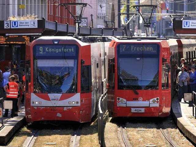 Großer Preisvergleich: Auf einen Blick: Hier sind Bus und Bahn in Deutschland am teuersten (oder am günstigsten)
