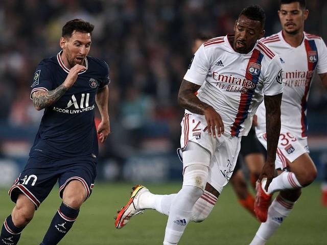 """Gegen Messi und Co. überfordert: Lyon-Coach zählt Boateng schon an - """"Nicht auf Top-Niveau"""""""