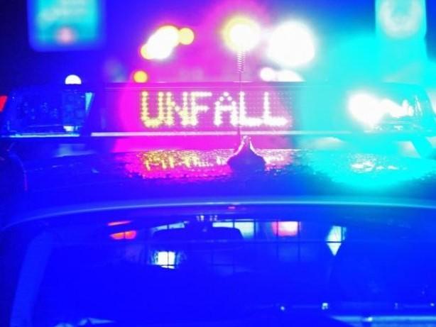 Unfälle: 52-Jähriger stürzt von Motorrad: Schwer verletzt