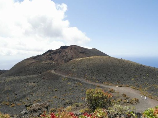 Vulkan-Warnung für Kanarische Inseln: Tausende Erdbeben auf La Palma! Vulkan ausgebrochen