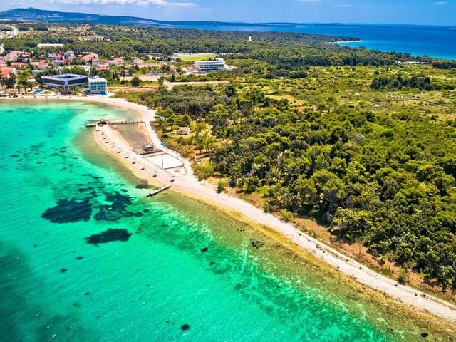 Mehr als 200 Corona-Fälle in Österreich nach mehrtägiger Strandparty in Kroatien