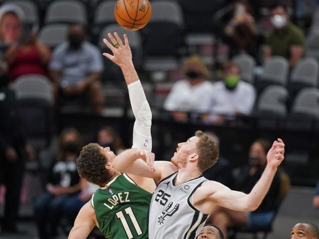 Basketball-Star Pöltl feierte mit San Antonio überzeugenden Erfolg