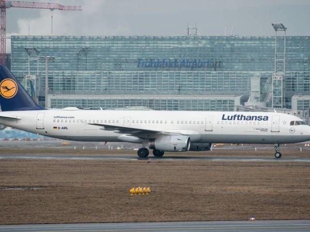 Software-Probleme: Tausende Flug-Passagiere betroffen