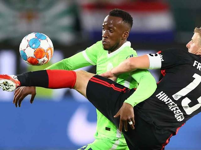 Bundesliga: Ex-Coach Glasner stürzt mit Frankfurt Tabellenführer Wolfsburg