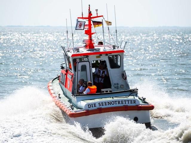Zwei Menschen ertrinken in der Ostsee