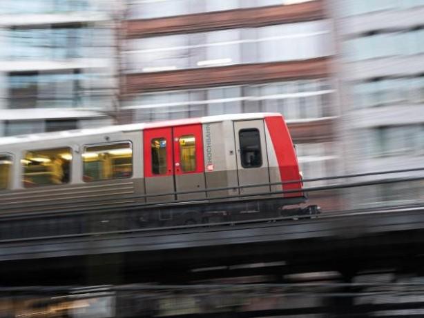 Bahn: Hochbahn investiert bis 2023 gut 1,8 Milliarden Euro