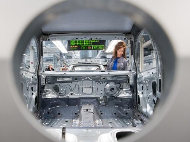 Volkswagen: VW erhöht Investitionen in Elektromobilität
