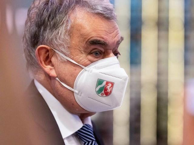 Newsblog zur Bundestagswahl: Reul warnt vor übereilter Entscheidung über Laschet-Nachfolge in NRW
