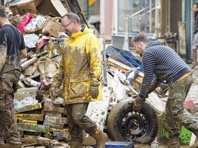 Hochwasser in Deutschland: Behörden ignorierten Warnungen