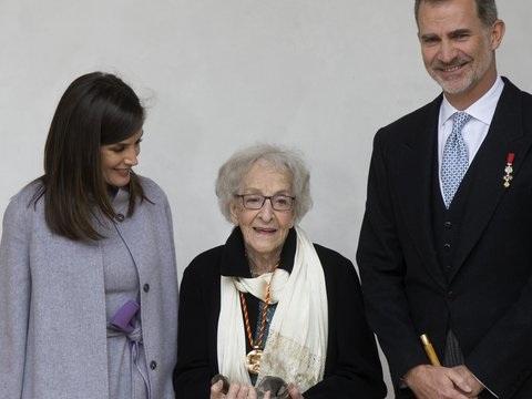 Die Welt wie ein Kind sehen: Cervantes-Preis für Dichterin Ida Vitale