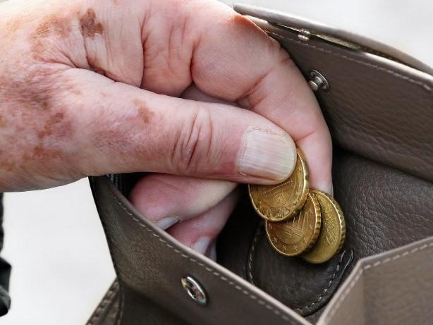 Alterssicherung: Grundrente: Gewerkschaften fordern GroKo zu Einigung auf