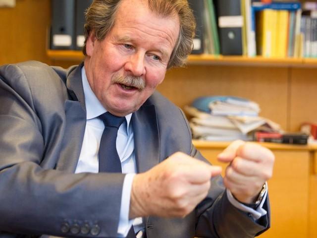 Völkerrechtsexperte Manfred Nowak über das Spiel mit Ängsten