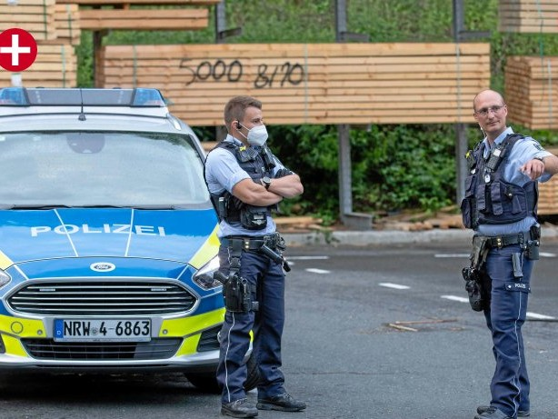 Kriminalität: Hilchenbach: Polizist erwischt Einbrecher auf frischer Tat
