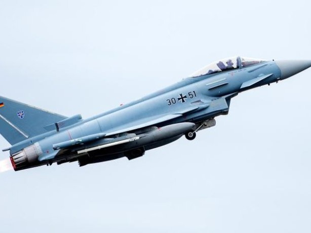 Verteidigung: Eurofighter zur Luftraumüberwachung nach Rumänien gestartet