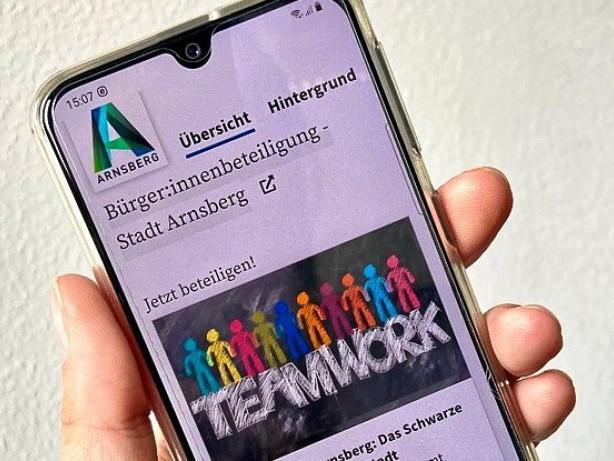 """Nachbarschaft: Stadt Arnsberg veröffentlicht digitales """"Schwarzes Brett"""""""