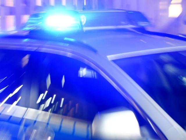 Göppingen: 83-Jährige rammt bei Wendemanöver zwei Autos – Fahrzeug fängt Feuer