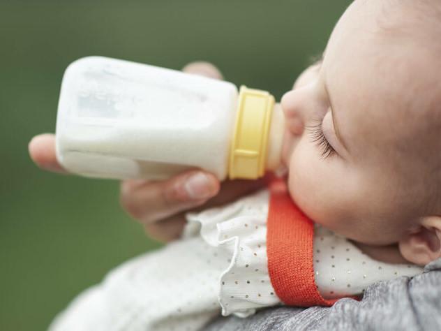 Bericht über Plastik aus Babyflaschen: 1,6 Millionen Partikel