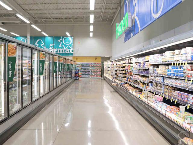 Spürhund ortet frostiges Versteck: Supermarkt-Einbrecher versteckt sich in Kühlschrank vor Polizei