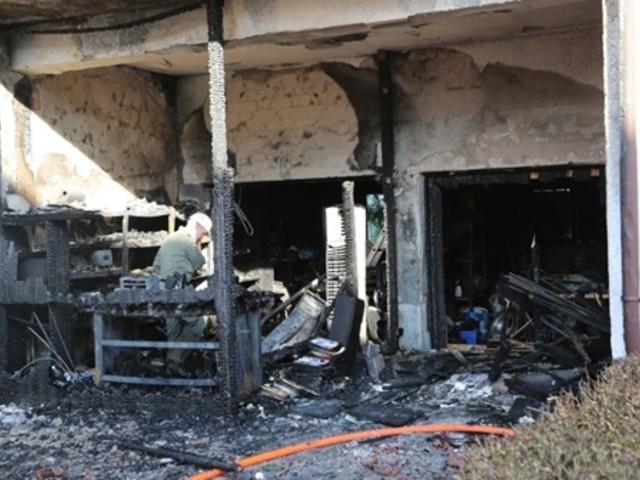 Stuttgart-Zuffenhausen: Feuer wütet in Mehrfamilienhaus