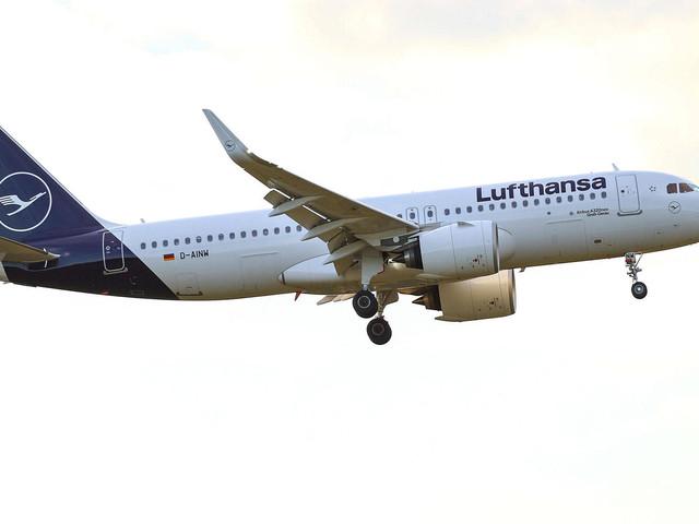Lufthansa: Airline-Aktionäre stimmen für Rettungspaket