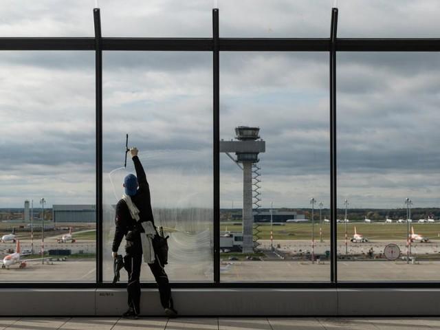 Berliner Flughafen: Endlich offen, aber kaum einer hebt ab