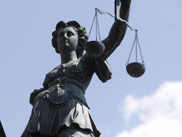 Missbrauch nach Jugendreisen: Sieben Jahre Haft und Sicherungsverwahrung