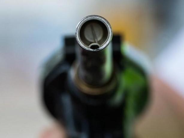 Einfacher unterscheiden: Neue Symbole für Biosprit an der Tankstelle